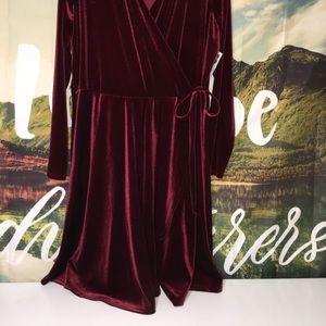 nanamacs Dresses - 💥Price Firm💥Nanamacs Velvet Dress